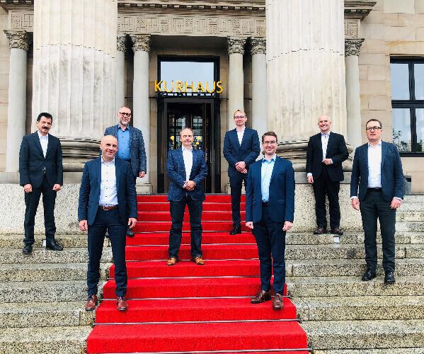 Gruppenbild der neu gewählten Vorstände des VDMA Fachverbands Software & Digitalisierung